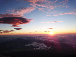 富士山からのご来光
