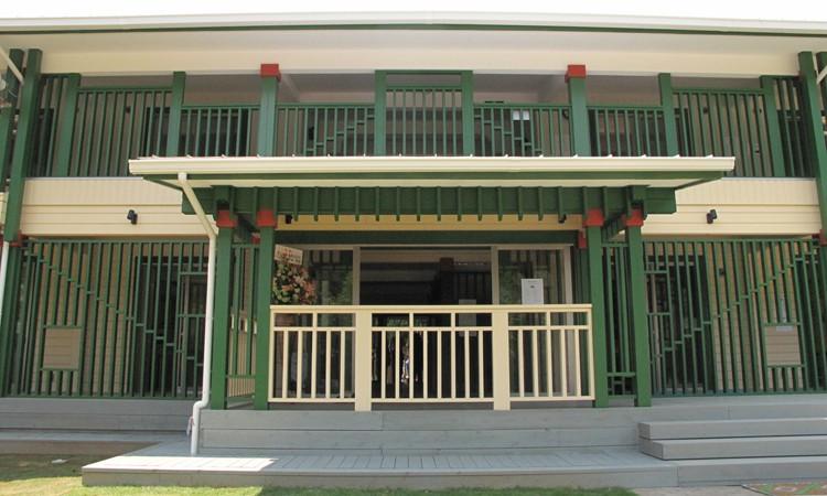 ログハウス国際学校 新校舎の催(東校舎)