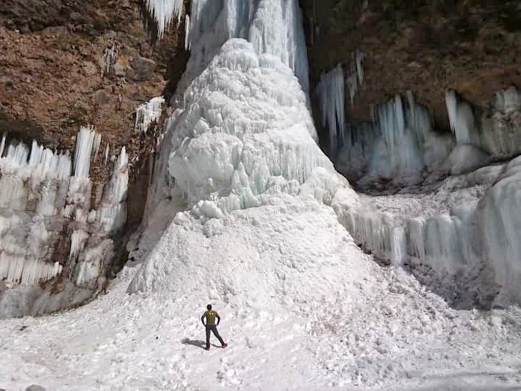 冬季の日光雲竜渓谷