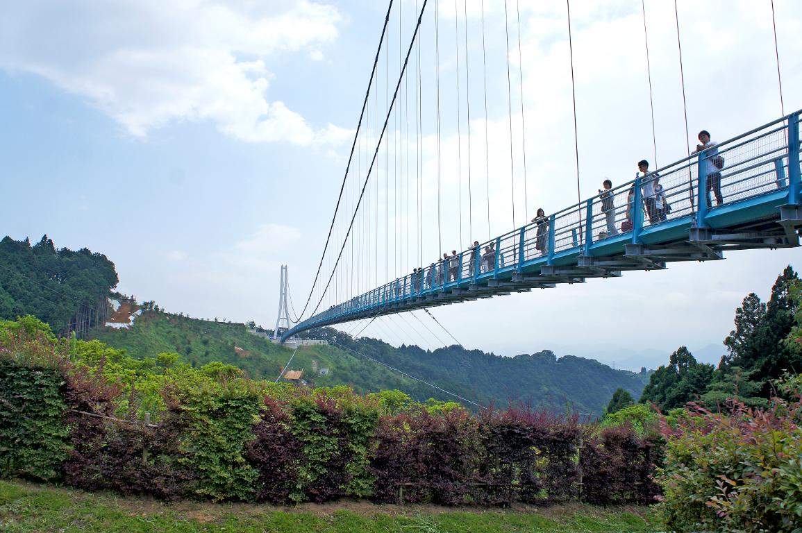 絶景!駿河湾と富士を一望できる三島大吊橋ログハウス