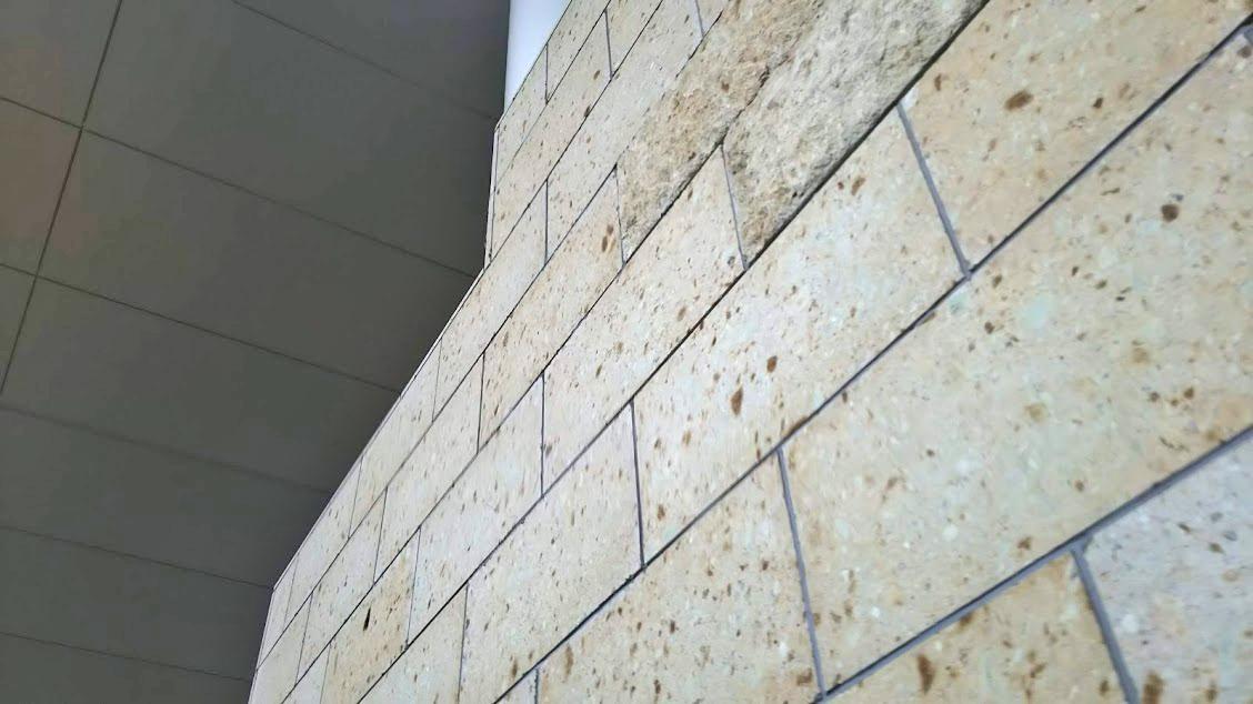 ログハウス,大谷石