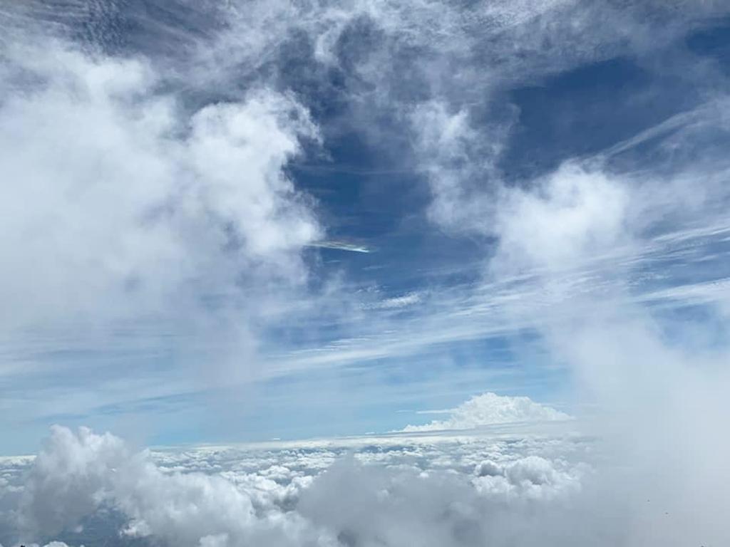 ログハウス,雲海,男体山