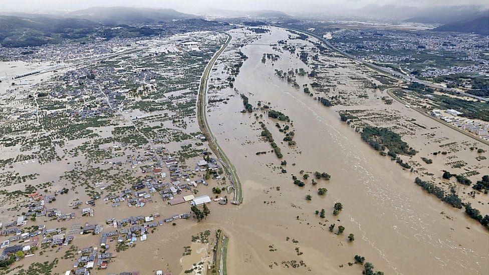 ログハウス,災害復興支援