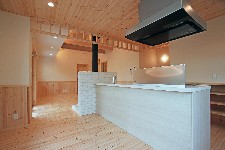 北欧テイストのフィンランドハウス内観 キッチン